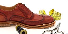 Foto scarpa da uomo elegante in costruzione